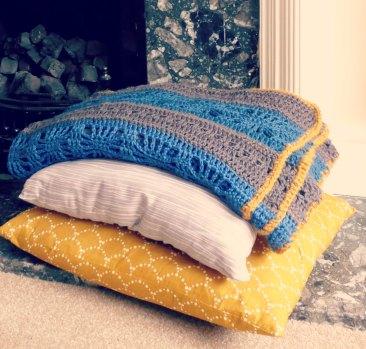 blanket&pillows